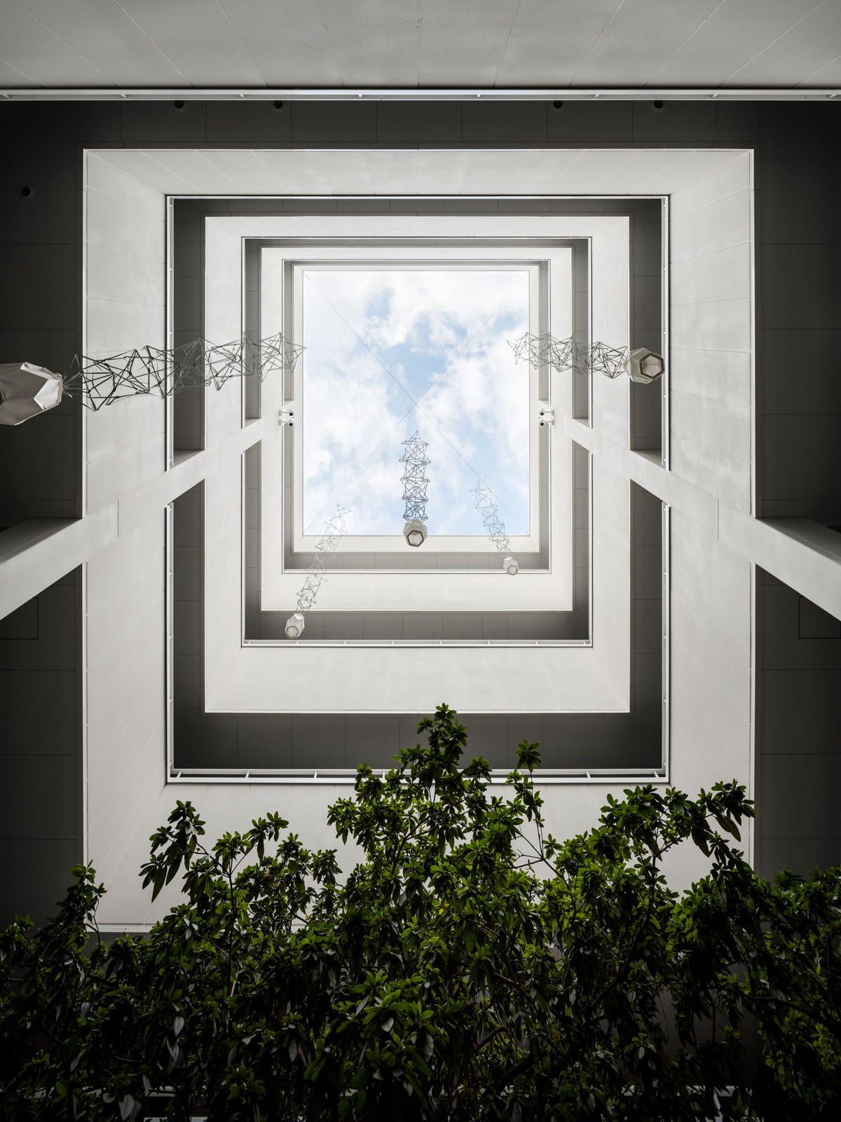 「富小路通 Ⅱ」の中庭。
