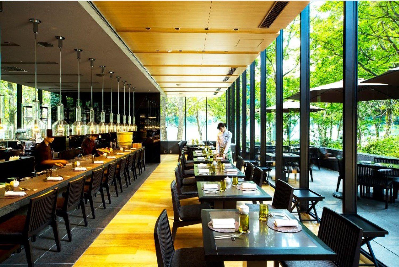 テラス席が心地よい、アマン東京「ザ・カフェ by アマン」。