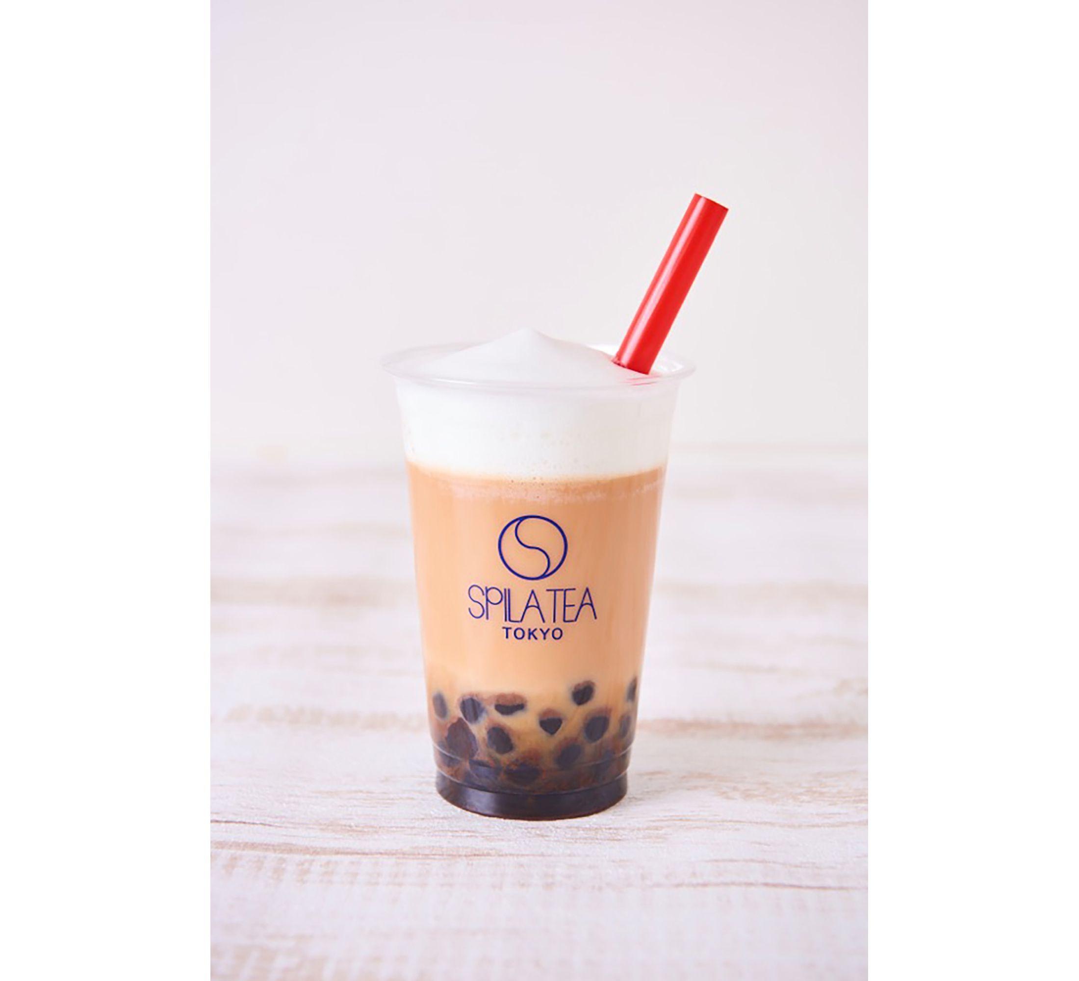 和漢茶とミルクを合わせた「和漢タピオカミルクティー」(918円)はソイミルクティーにもできる。