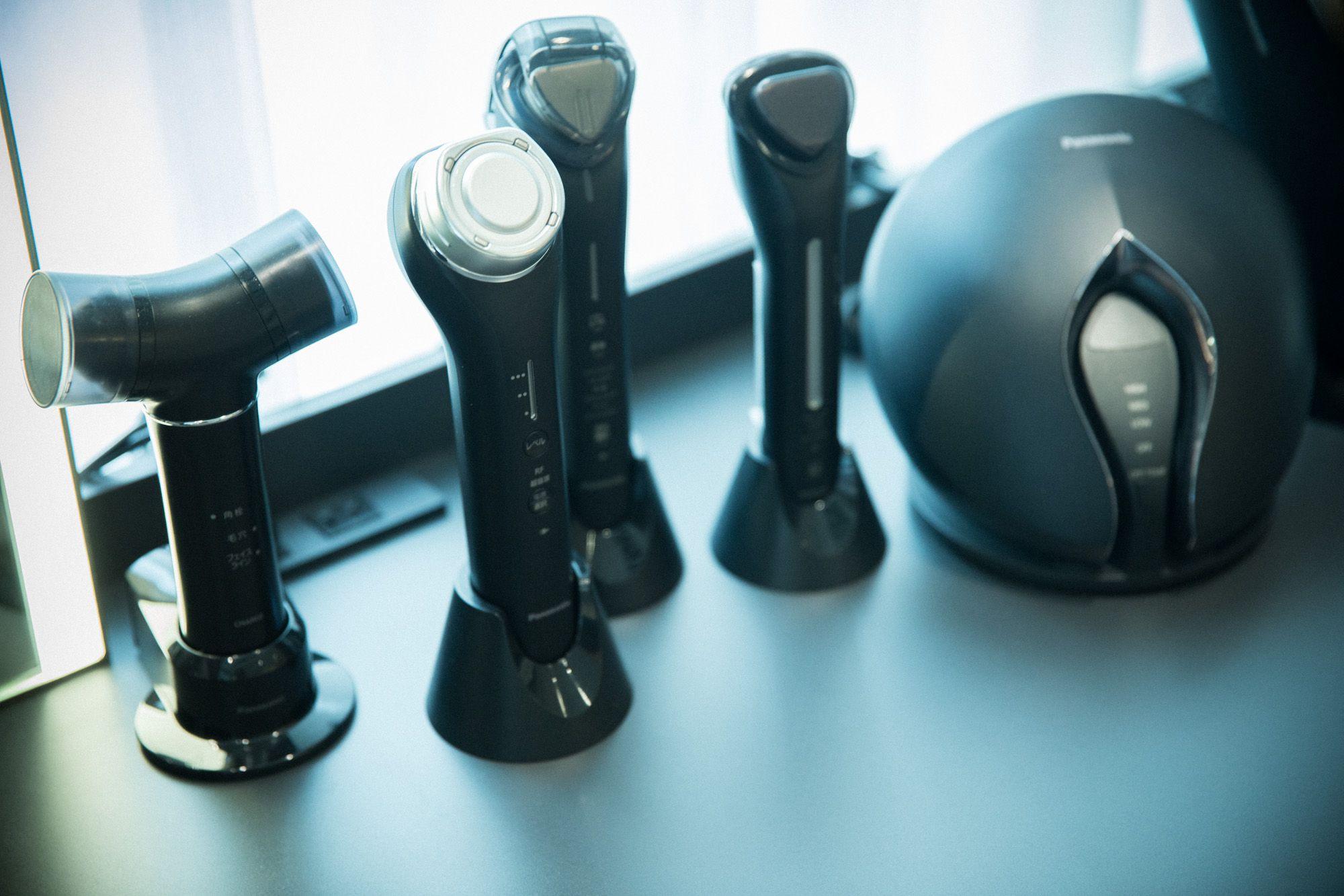 数ある美容家電のなかでもスタイリッシュな「Panasonic Beauty PREMIUM」。男性にも人気がある。