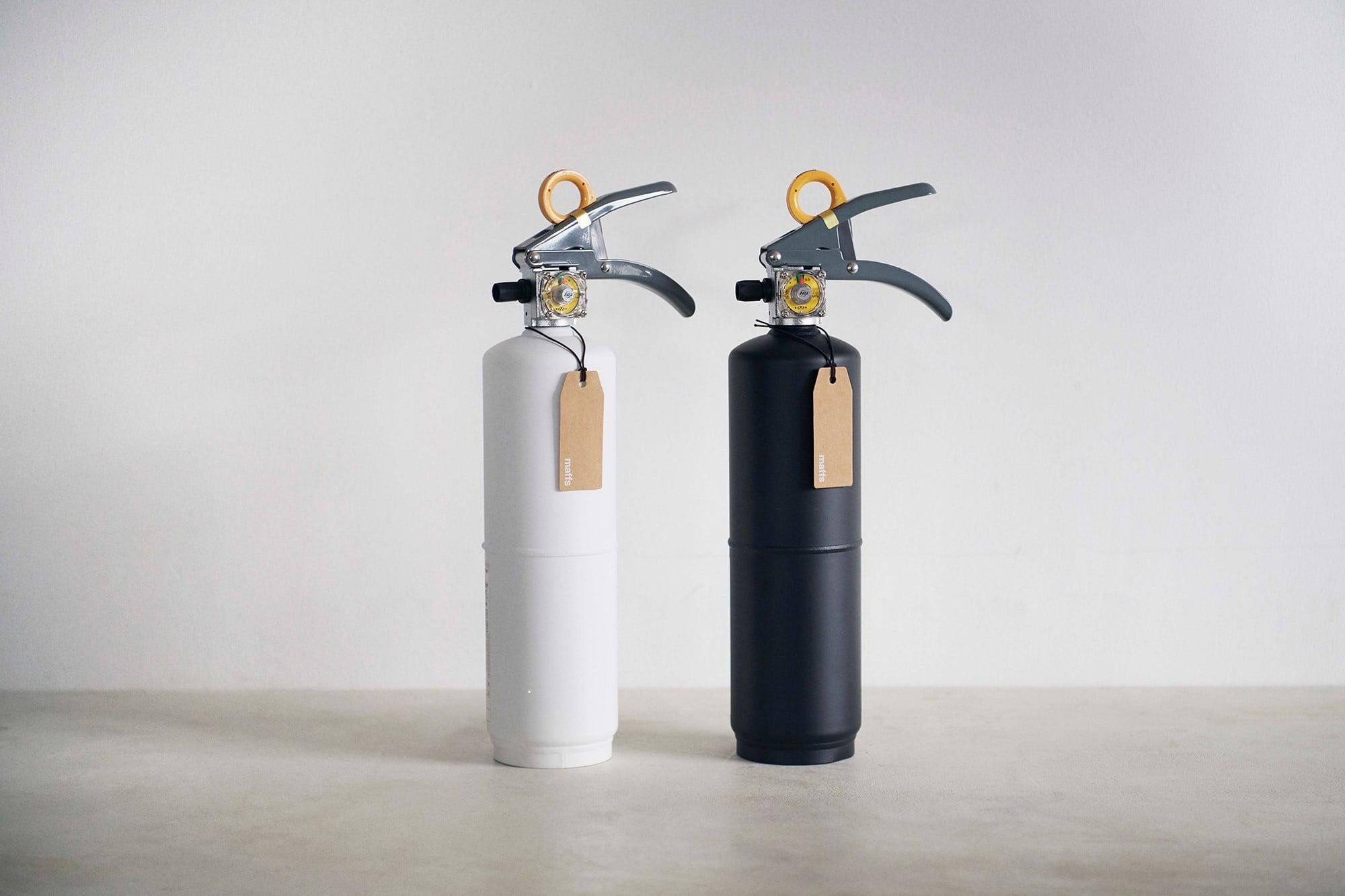 「防災をライフスタイルに」という理念のもとにデザインされた「+maffs」の住宅用消火器