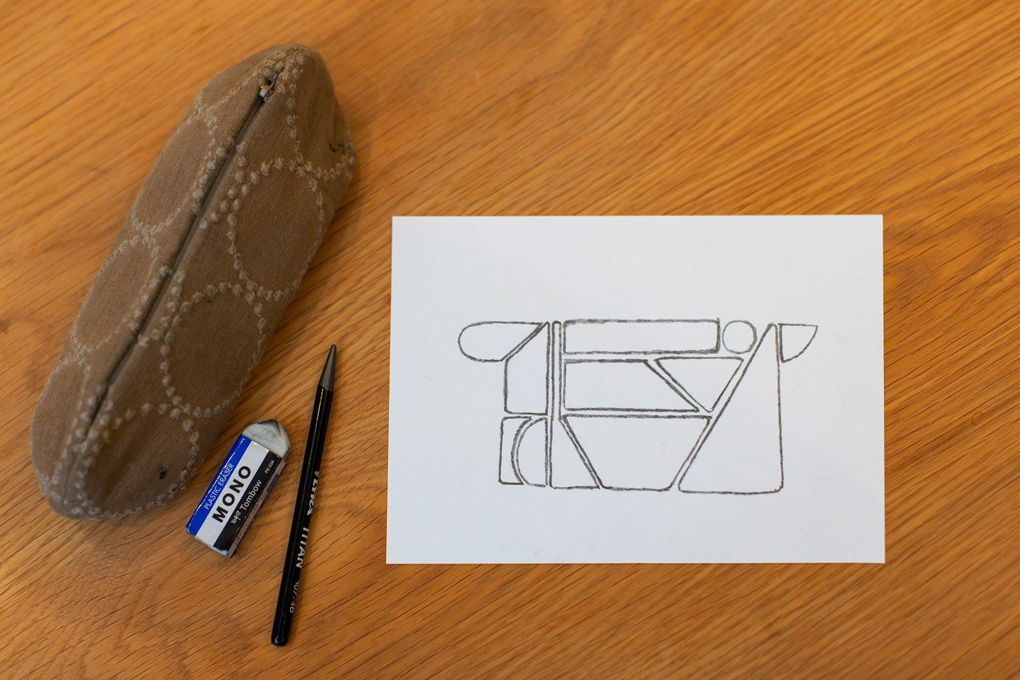 思い立ったらすぐ描きたくなってしまうから、紙の種類や大きさは問わない。モチーフもさまざま。そして描き出したら止まらない。