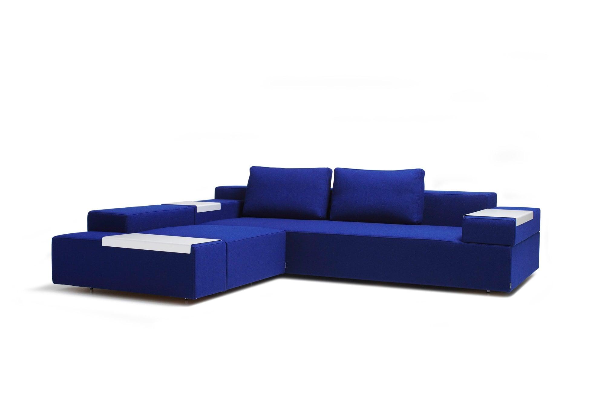 スウェーデンの家具メーカーOFFECCT(オフェクト)で柳原がデザインしたソファ。