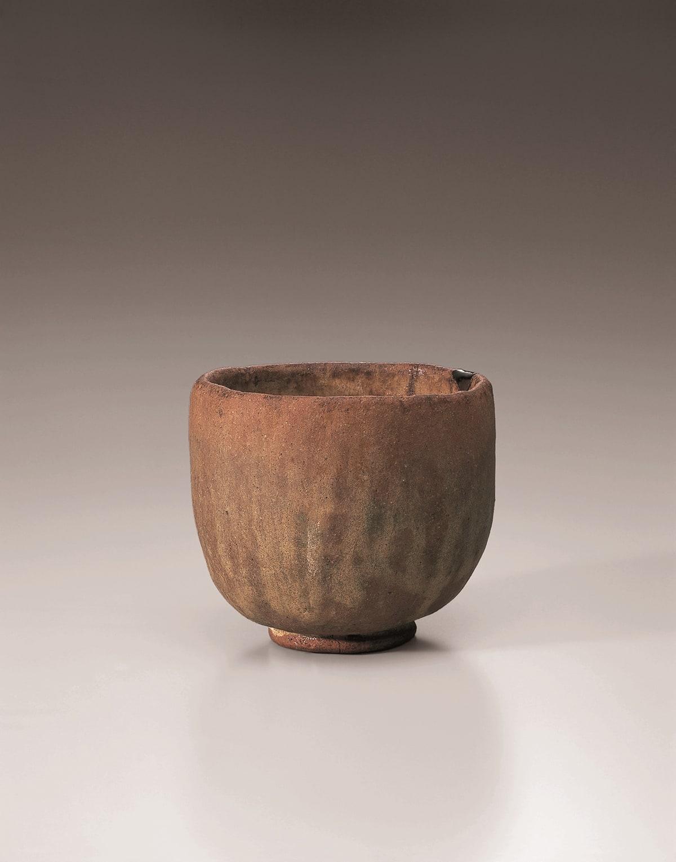 赤樂茶碗 銘 白鷺 長次郎 作 安土桃山時代・16世紀 裏千家今日庵