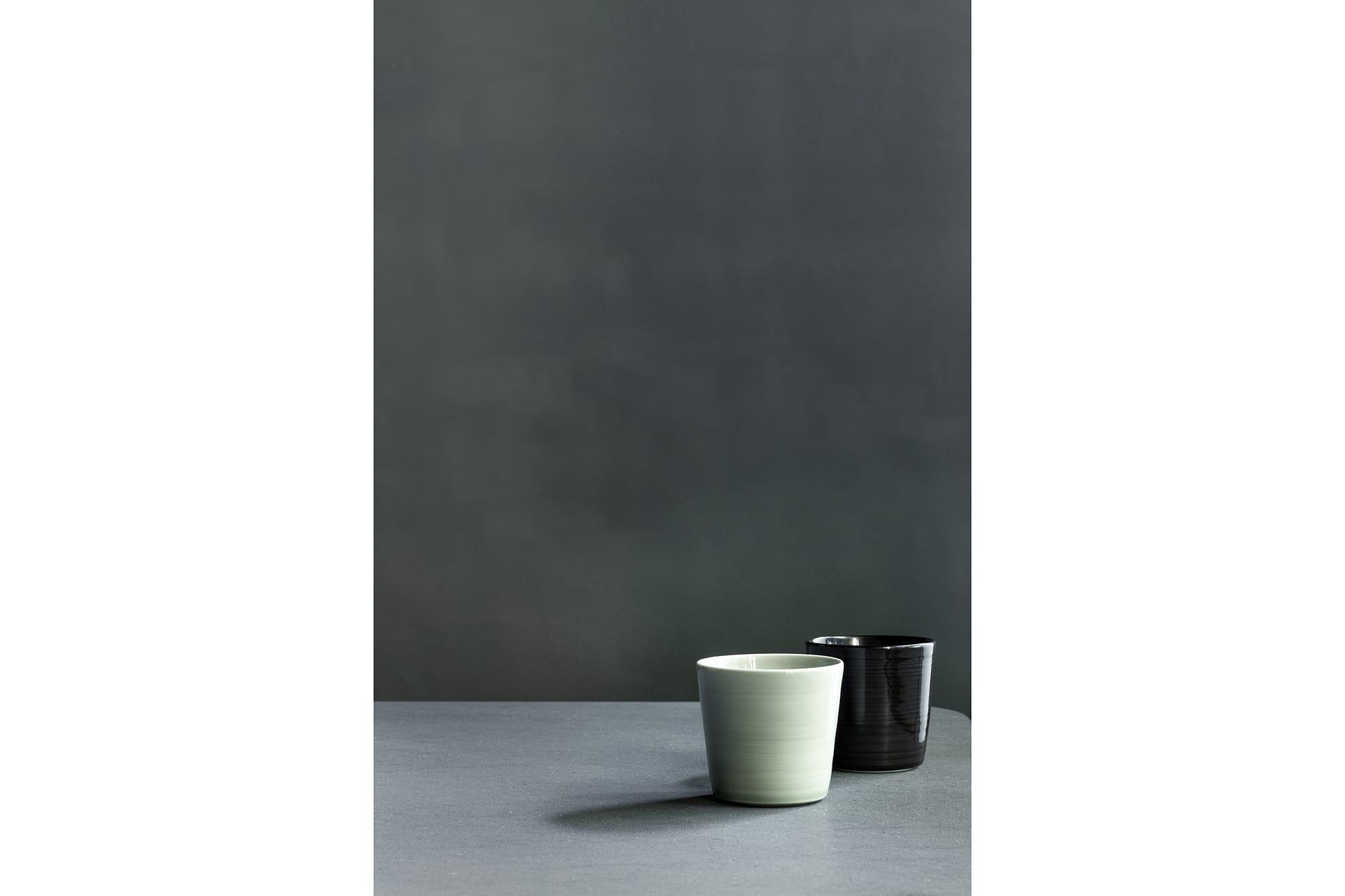 柳原照弘がプロデュースするHAMACHO HOTELの特別な一室、TOKYO CRAFT ROOMのために作ったカップ。