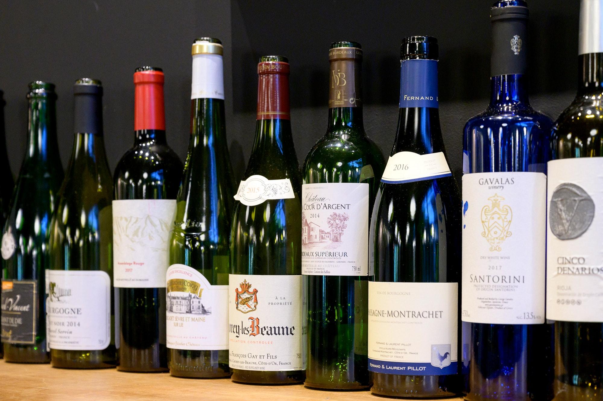 オーガニックワイン、自然派ワインを中心にワインリストも充実。