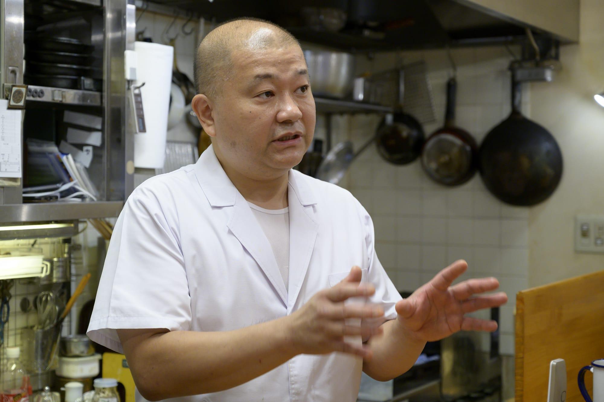 """餐厅主人河原润治曾在""""谷中鱼善""""(日本知名会席料理餐厅)修行,磨练他的手艺。"""
