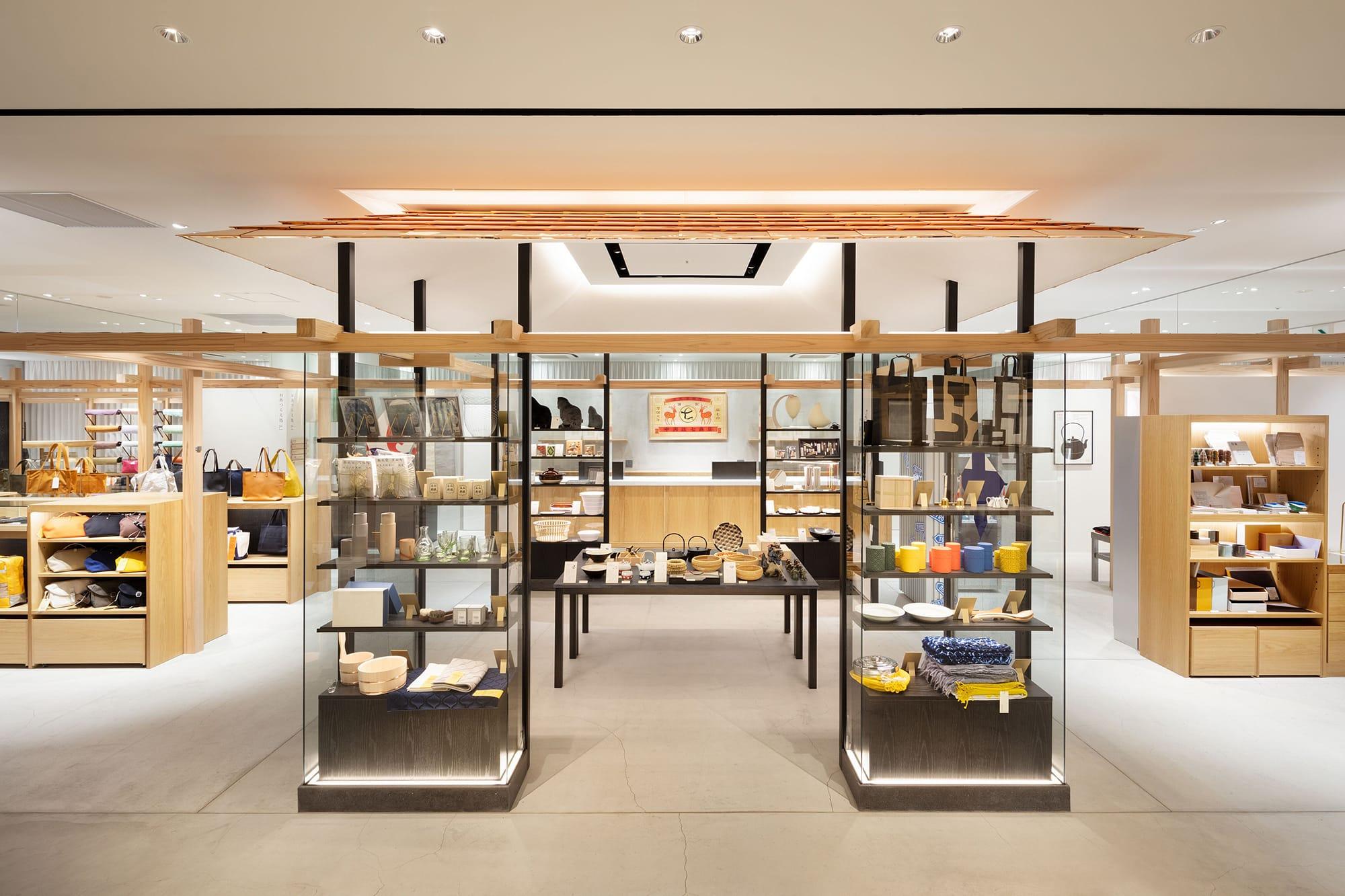 2019年11月に渋谷スクランブルスクエアにオープンした、日本最大旗艦店である「中川政七商店 渋谷店」。ここは唯一4,000点を超える中川政七商店の商品がフルラインアップで揃う。