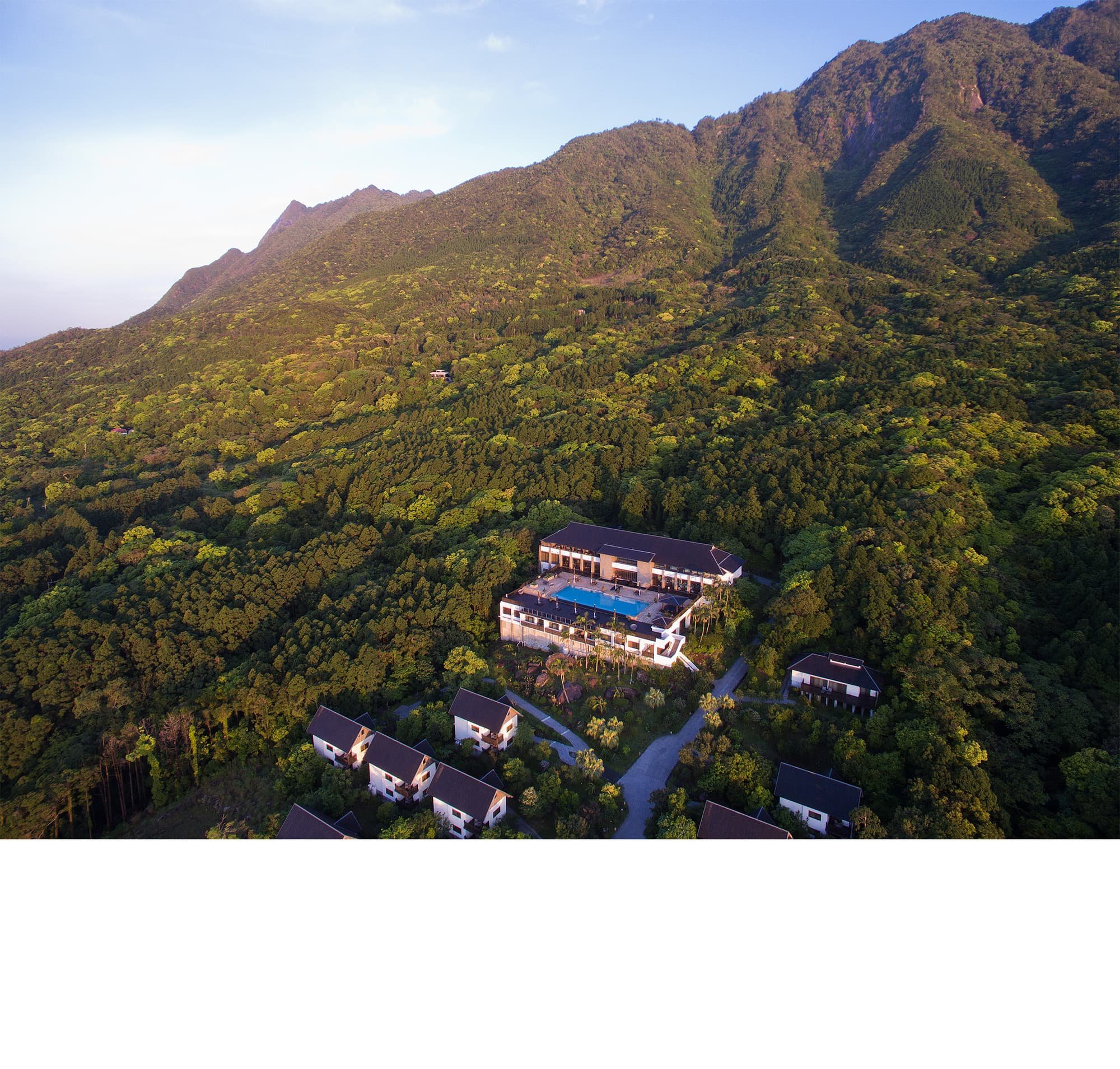 「sankara hotel&spa YAKUSHIMA サンカラホテル&スパ屋久島」(日本・鹿児島県)壮大な自然の森に位置する