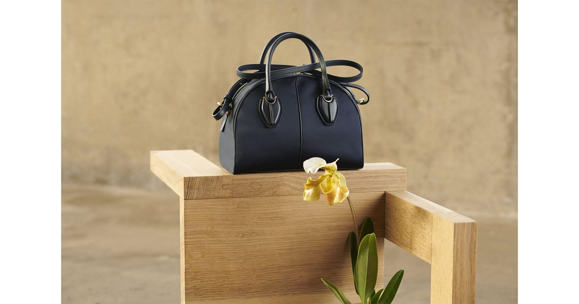 トッズのアイコン「D スタイリングバッグ」から着想を得たボストンバッグ(207,900円・税込)。活動的な女性のライフスタイルにマッチする機能的なデザインが魅力。