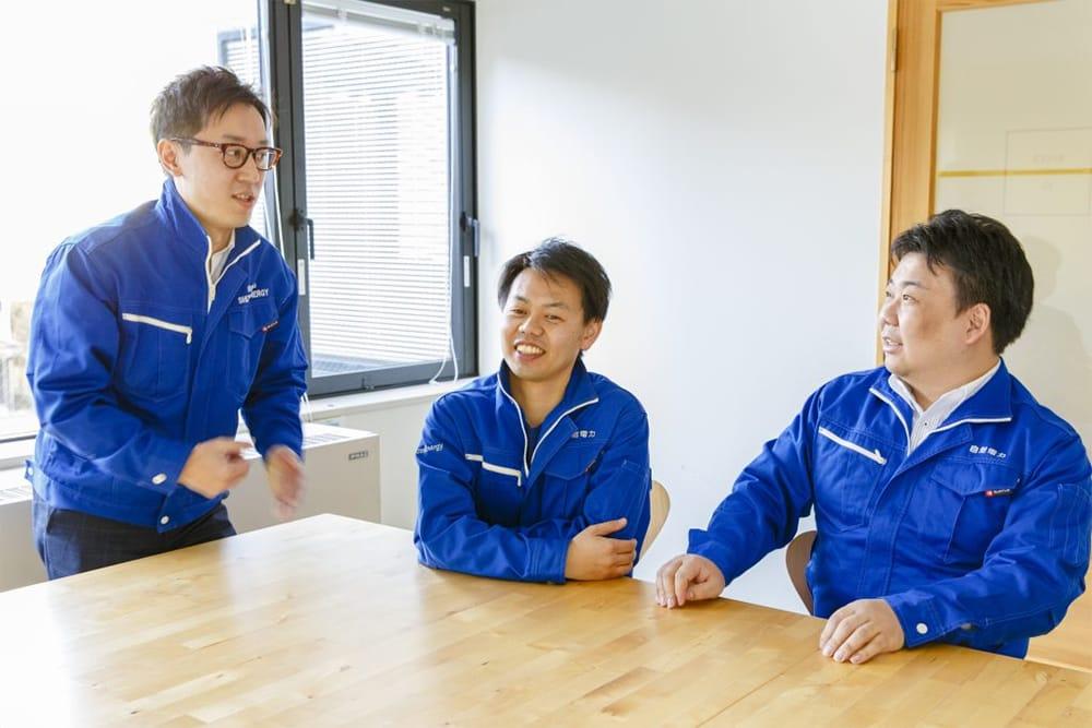 創業者・代表取締役の3名:左から長谷川雅也、磯野謙、川戸健司。
