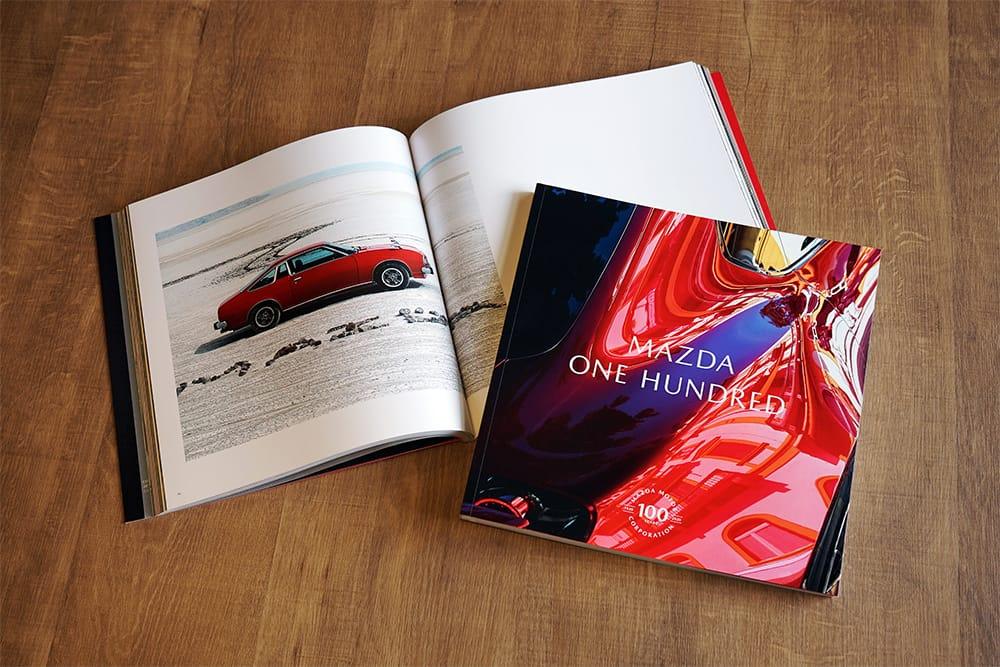 マツダの魅力を凝縮、一冊にまとめた写真集4,950円(税込)