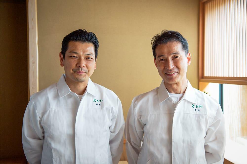 店主・西塚茂光と料理長・松本一樹。