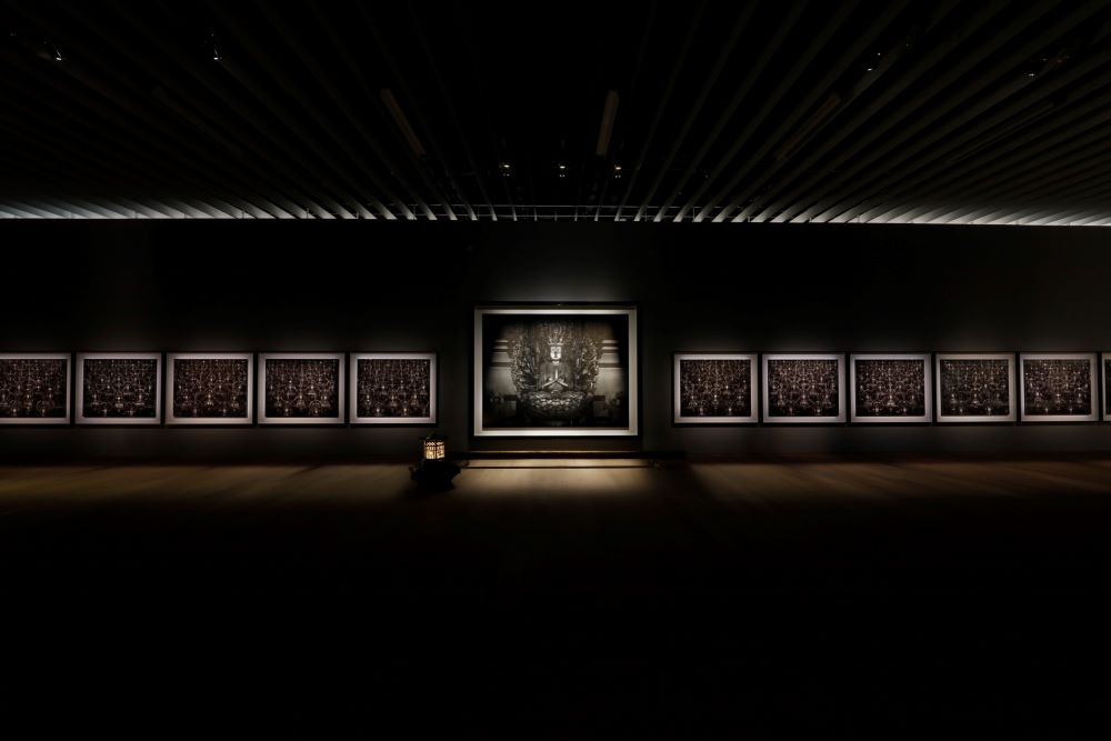 《仏の海(中尊)》《仏の海 》1995© Hiroshi Sugimoto / Courtesy of Gallery Koyanagi提供:妙法院