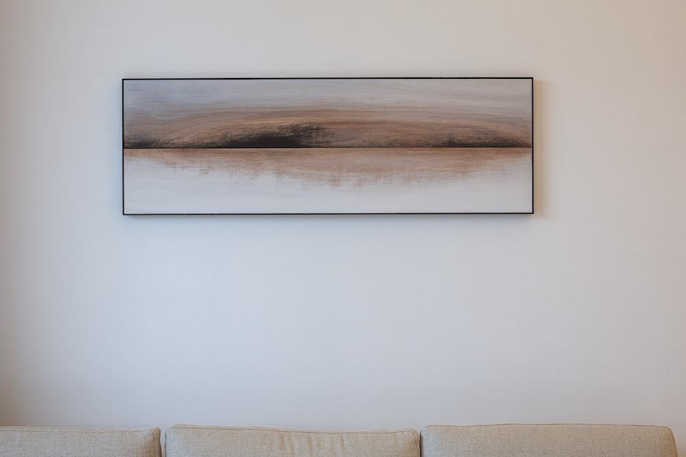 客室内にある国松希根太の作品「Horison」