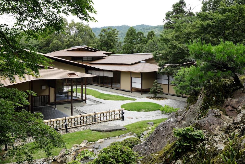 「ウェスティン都ホテル京都」にある数寄屋風建築「佳水園」。