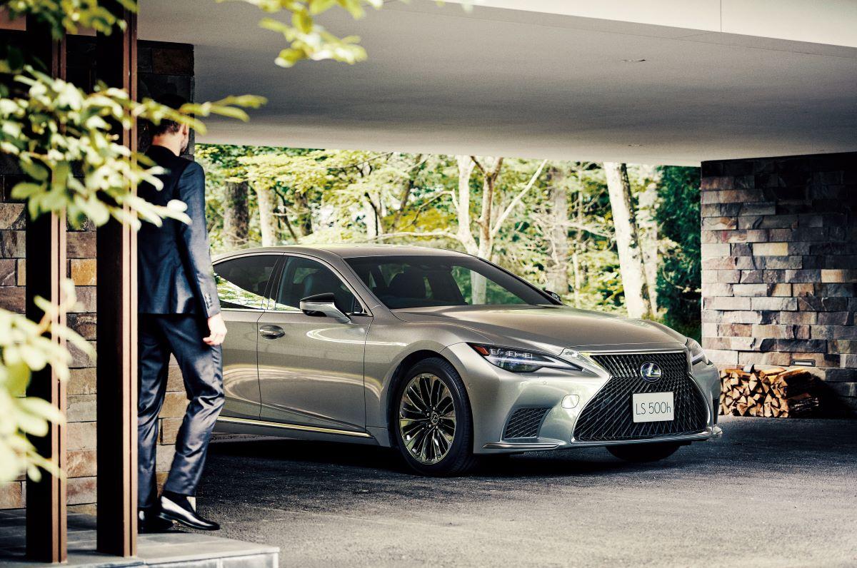 """2020年11月にマイナーチェンジを受けた新型LSは""""人の感性に寄り添った""""最新の高度運転支援技術の「Lexus Teammate」(レクサス・ティームメイト)が採用されている。 Lexus Teammateに含まれるAdvanced Drive搭載車は2021年中に発売予定。 Photography by ?LEXUS"""