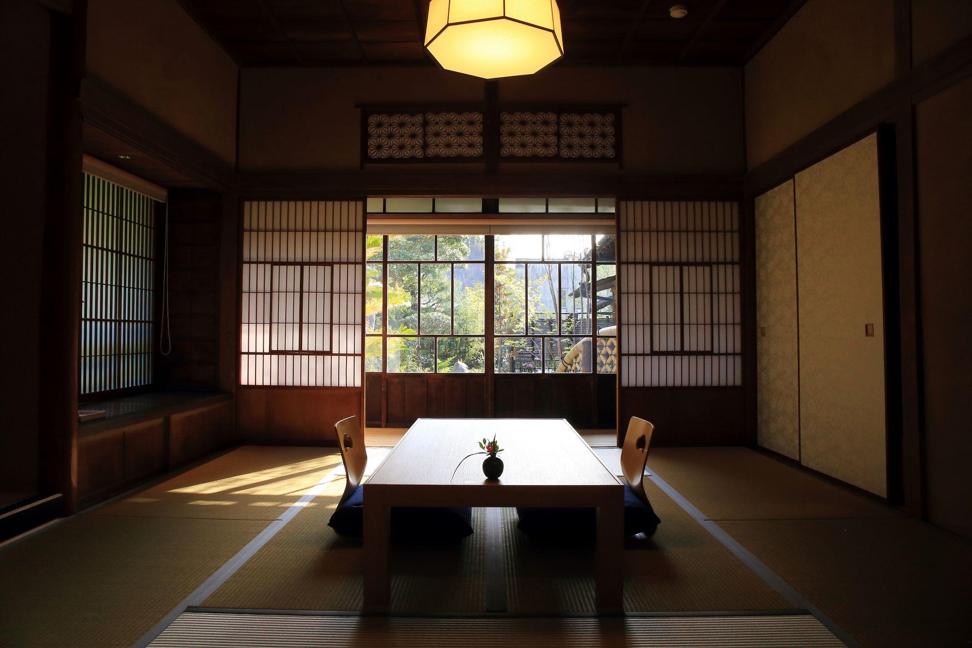 風情ある和室を楽しむこともできる。