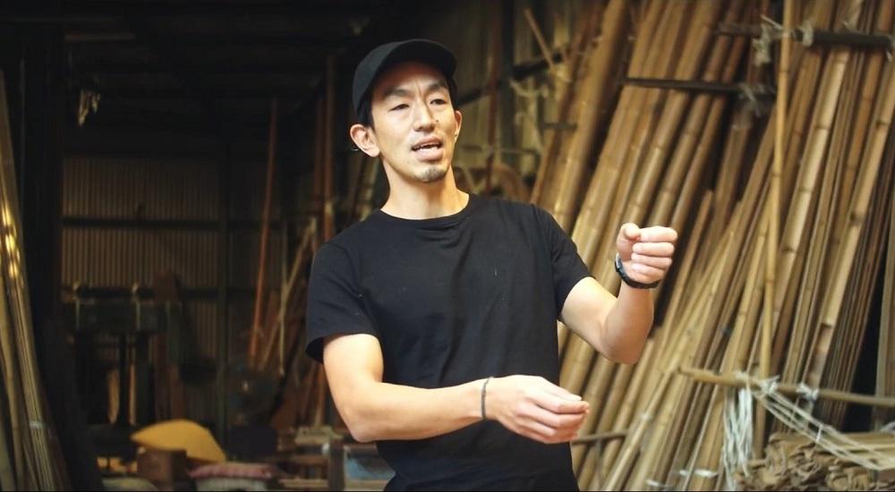 竹定商店6代目の井上定治さん。現在は営業部長を務めている。